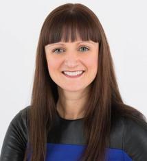 Sophie Eastwood, Holistic team